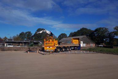 Stelconplaten speciale vrachtwagen Ijhorst
